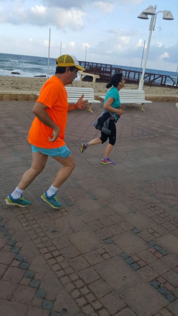 ריצת שבת בחוף הים שבי ציון - נהריה