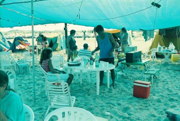 טיול משפחות לחוף זיקים 1995