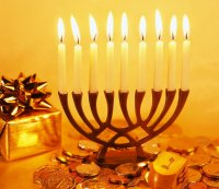הדלקת נר שישי בבית הכנסת גן יאשיה