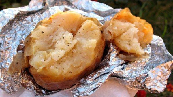 תפוחי אדמה ומכירת צמידים