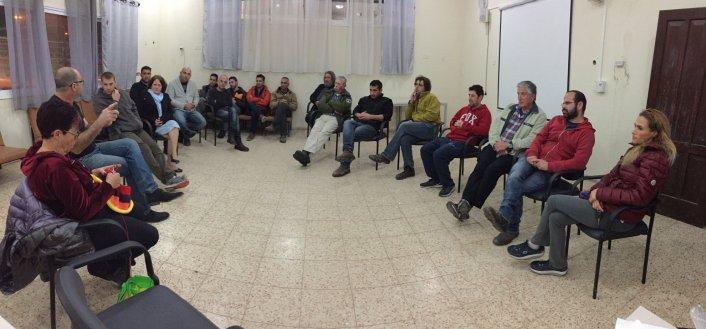 תמונות מהמפגש בנושא צוות תגובה בארועים חריגים במושב