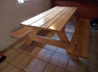 למכירה: שולחן עץ אורן