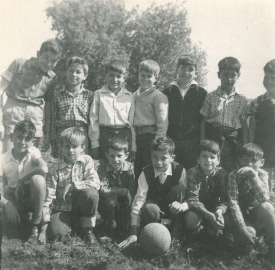 קבוצת הכדור רגל 2 jpg  שנות החמישים