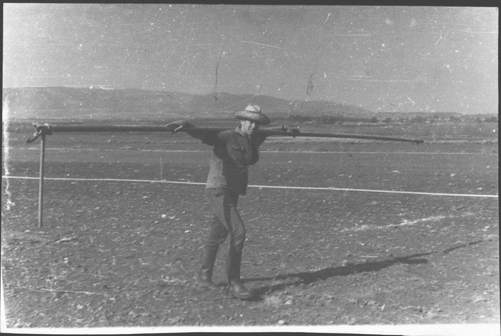 חורף 1964 גברי צור אוסף קווי השקייה