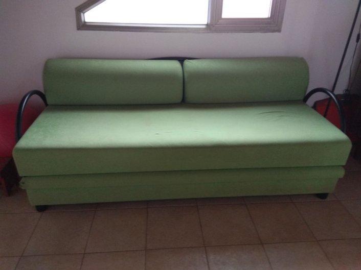 למסירה - ספה נפתחת למיטה + ארגז מצעים - 054-4630863