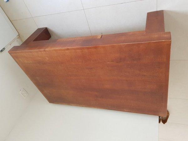 שולחן לסלון עץ מלא