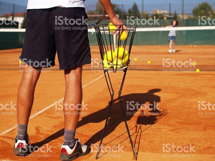 אימונים בטניס בקיץ