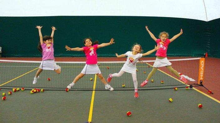 שיעור טניס חינם!