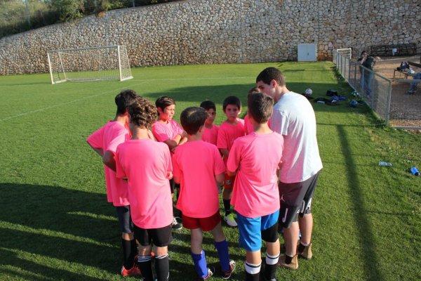 כל הכבוד לקבוצת הילדים בכדורגל